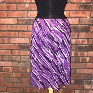 New York & Company Chiffon Purple Pattern Mid